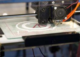 Noch viel Entwicklungsarbeit für den industriellen 3D-Druck mit Kunststoffen notwendig