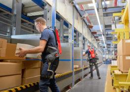 """German Bionic testet neuen intelligenten Kraftanzug """"Made in Germany"""" am IKEA Logistikstandort Dortmund"""