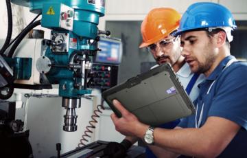 Robuste Computer in der Fertigungsindustrie – Mehr Produktivität und weniger Ausfallzeiten